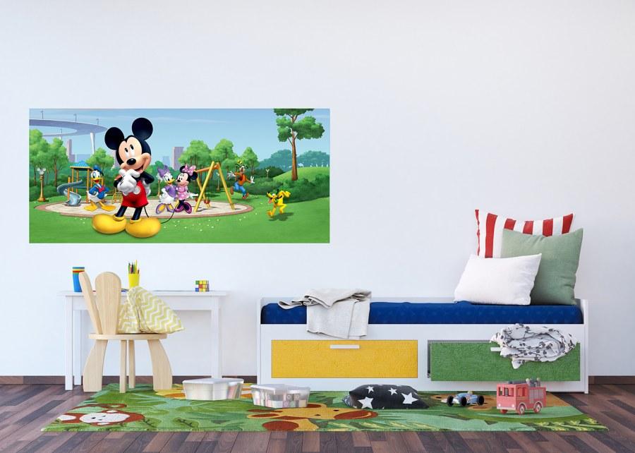 Flis foto tapeta Mickey Mouse u parku FTDNH-5382 | 202x90 cm - Foto tapete