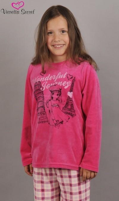 Duge pidžame Djevojka u pokretu - Pidžama djevojke s dugim rukavima